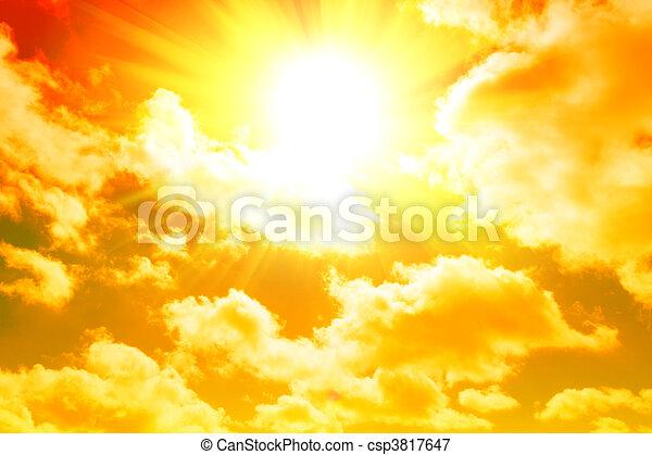 gelber , sonnenaufgang - csp3817647