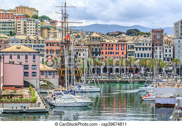 Genoa port sea view with yachts - csp39674811