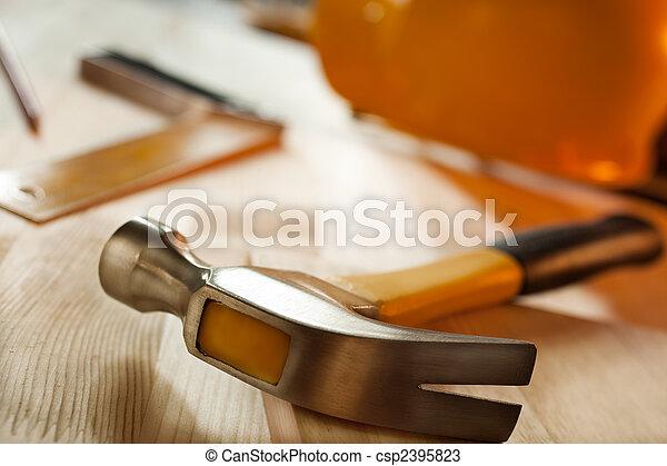 gereedschap, werkende  - csp2395823