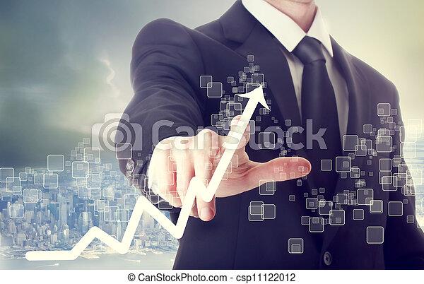Geschäftsmänner berühren eine Karte, die Wachstum zeigt - csp11122012