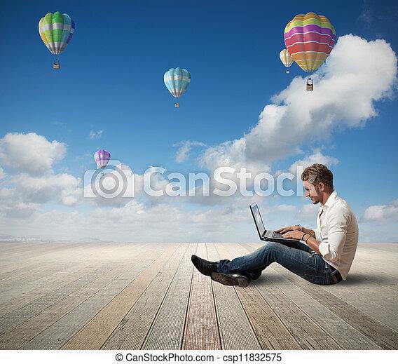 geschäftsmann, laptop - csp11832575