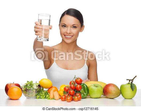 gezond voedsel, vrouw - csp12716145