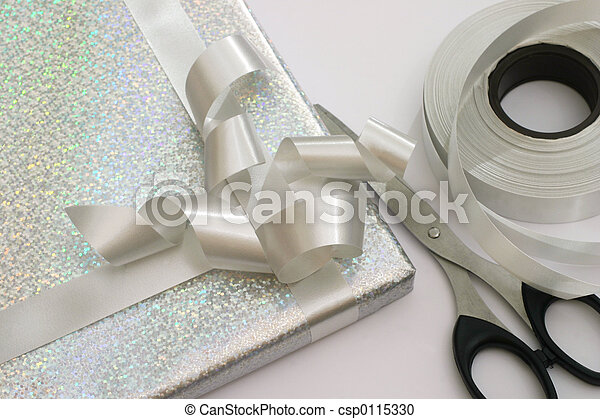 Gift wrapping - csp0115330