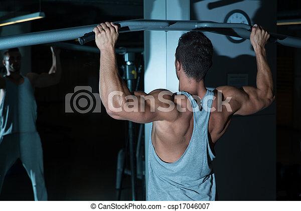 ginásio, malhação, costas - csp17046007
