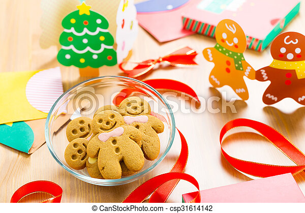 Gingerbread cookie for christmas - csp31614142