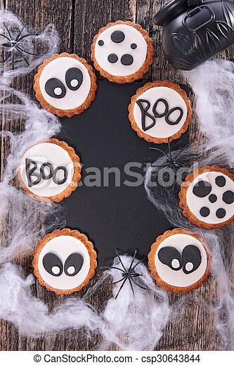 gingerbread cookie - csp30643844