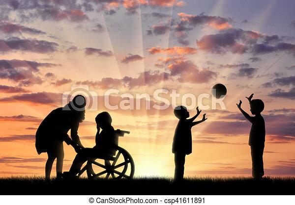 gioco, suo, carrozzella, madre, invalido, palla, pianto, bambino, bambini - csp41611891