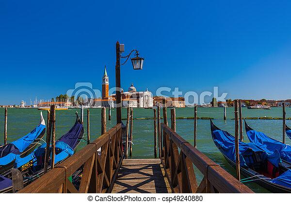 San giorgio maggiore iglesia en Venecia Italia - csp49240880