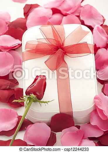 giorno valentines - csp12244233