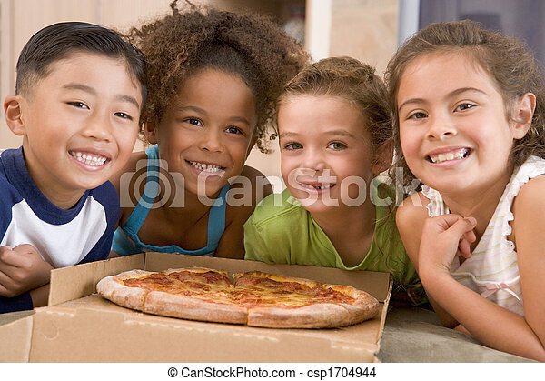 giovane, quattro, dentro, sorridente, bambini, pizza - csp1704944