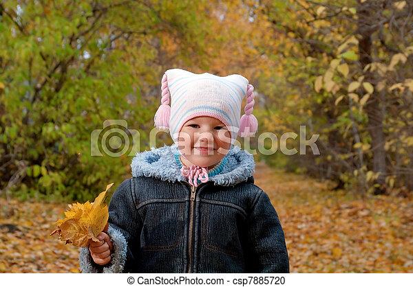 girl, automne, peu, parc - csp7885720