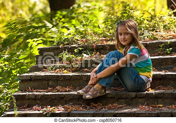 girl, escalier, séance - csp8050716