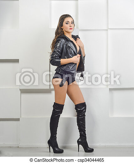 vendita di liquidazione prezzo migliore stili freschi Girl in leather jacket and boots. Girl leather jacket and boots in ...