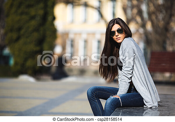 girl in the city - csp28158514