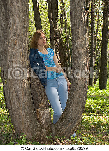 Girl in the park - csp6520599