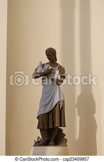 Girl statue being fuck video clip