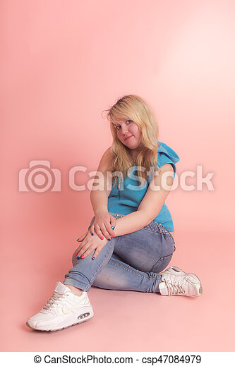 girl on a pink background - csp47084979