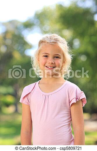 girl, parc, peu - csp5809721