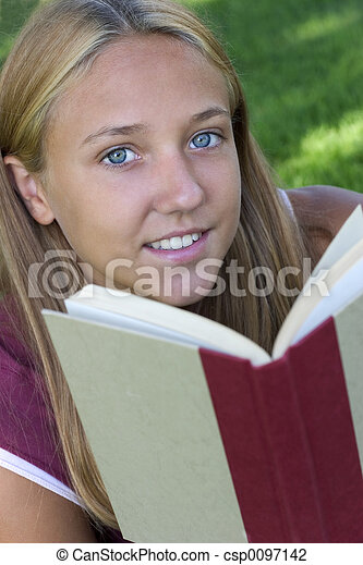 Girl Reading - csp0097142
