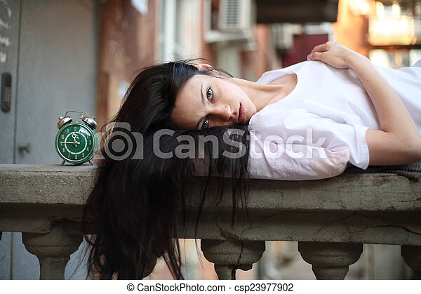 girl sleepyhead - csp23977902