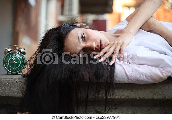 girl sleepyhead - csp23977904