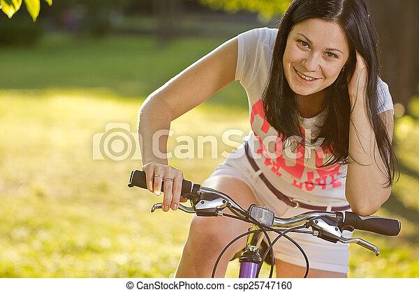 girl, vélo, jeune - csp25747160