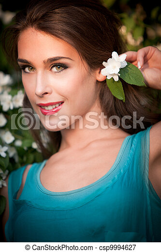 girl with flower - csp9994627