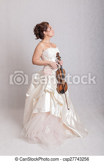 girl with violin - csp27743256