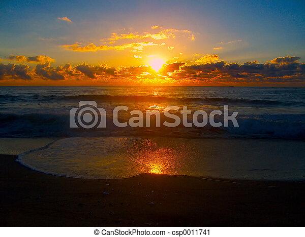 glødende, solopgang - csp0011741