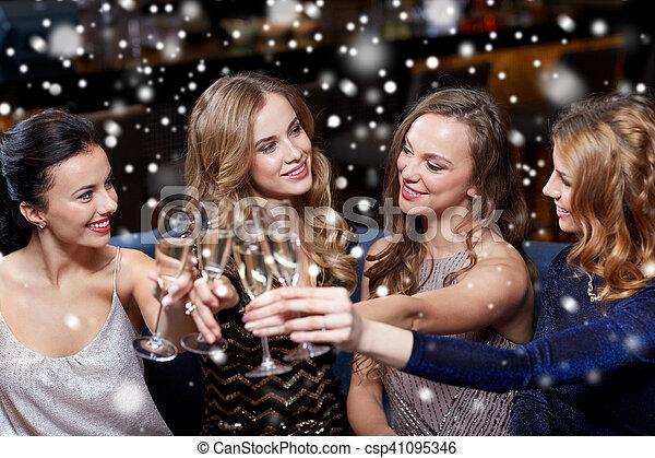 glücklich, champagner, klub, nacht, brille, frauen - csp41095346