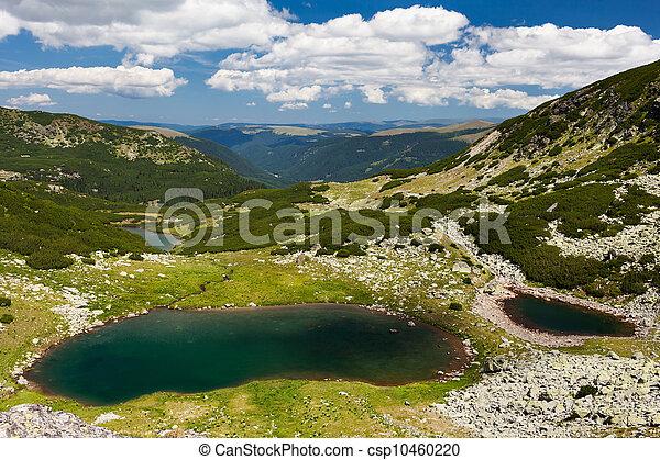 Glacial Lake Vidal in Parang mountains, Romania - csp10460220