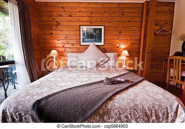 El interior de la habitación del glaciar de Fox - csp5664903