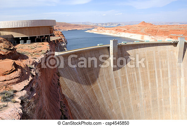 Glen Canyon Dam and Lake Powell - csp4545850