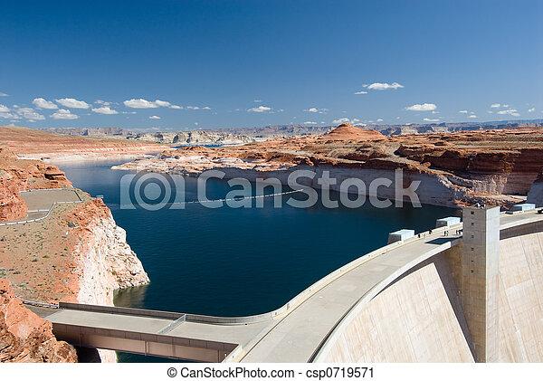 Glen Canyon Dam - csp0719571