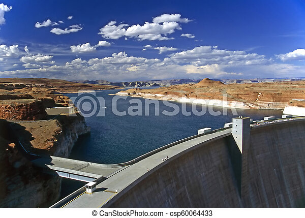 Glen Canyon Dam - csp60064433