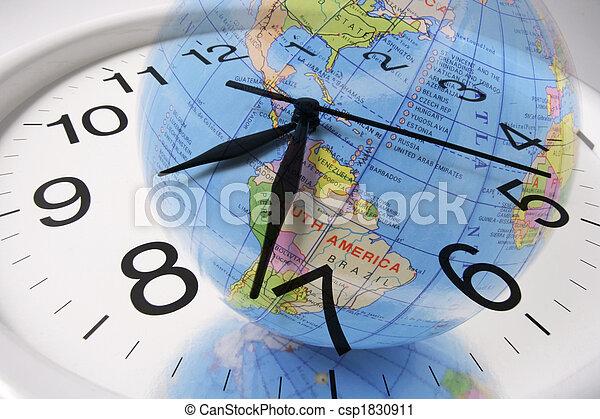 Globo y reloj - csp1830911