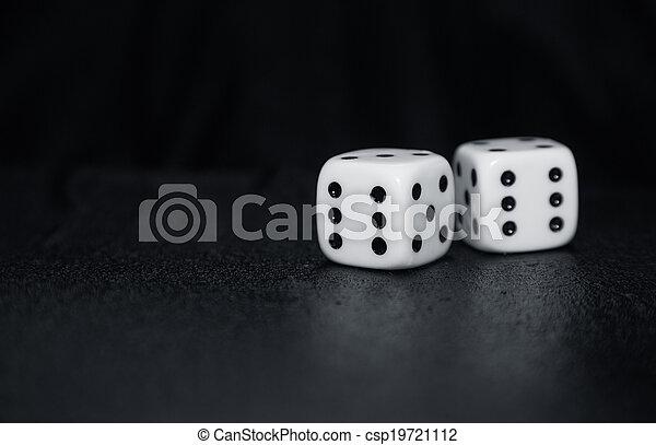 gluecksspiel, würfelt - csp19721112