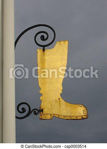 Golden Boot-shaped - csp0003514