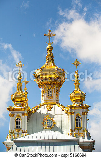 Golden cupola in Summer Gardens (Peterhof, Russia) - csp15168694