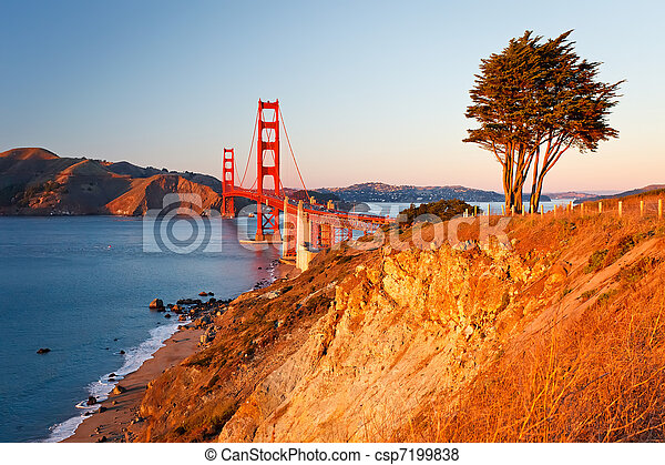 Golden Gate Bridge at sunset, San Francisco - csp7199838