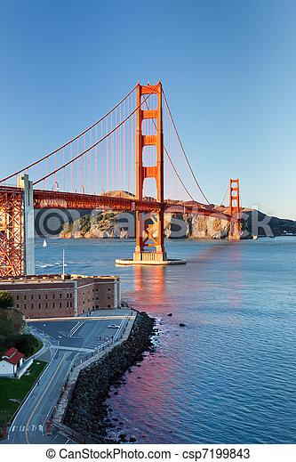 Golden Gate Bridge at sunset, San Francisco - csp7199843