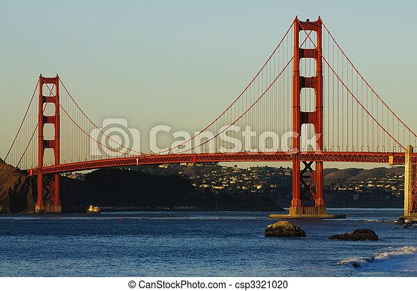 Golden Gate Bridge at sunset - csp3321020