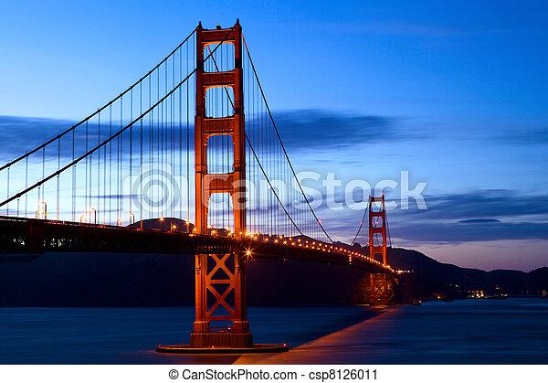 Golden Gate Bridge  - csp8126011