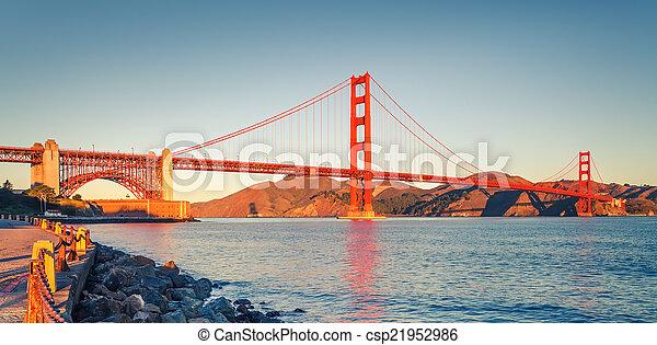 Golden Gate Bridge - csp21952986