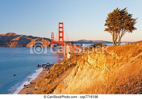 Golden Gate bridge - csp7716196