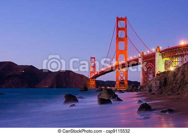 Golden Gate Bridge - csp9115532