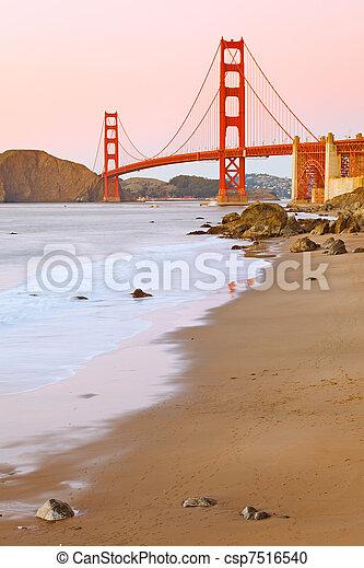 Golden Gate bridge - csp7516540