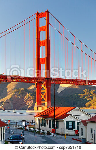 Golden Gate bridge - csp7651710