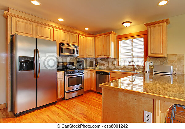 Golden maple cabinets kitchenw with new appliances. - csp8001242