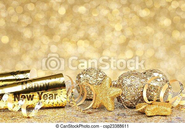 Neue Jahre haben goldene Partys - csp23388611